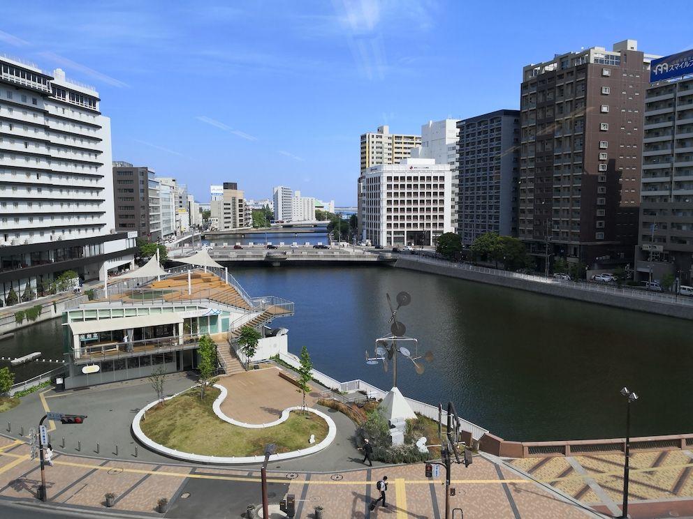コワーキングスペース「DIAGONAL RUN FUKUOKA」から眺める中洲