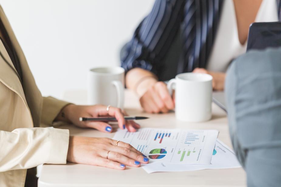価値ある提案へ繋げるために商談時のヒアリングで実践しているポイント